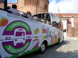 Bus langhe roero sightseeing tour